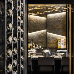 築間旬:  餐廳 by 鴻樣室內裝修設計有限公司, 現代風 金屬