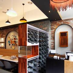 Restaurantes de estilo  por IDA - 아이엘아이 디자인 아틀리에, Rústico Ladrillos