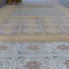 Suelos de estilo  por ARTE DELL' ABITARE, Mediterráneo Cerámico