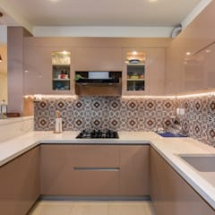 Built-in kitchens by Prop Floor Interiors, Asian