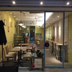 淡水想啡咖啡廳:  餐廳 by 捷士空間設計(省錢裝潢), 鄉村風