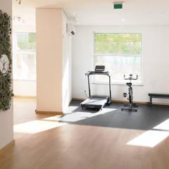 عيادات طبية تنفيذ COA Arquitetura e design de interiores,
