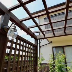 Taman Gaya Country Oleh 株式会社Garden TIME Country Kayu Wood effect