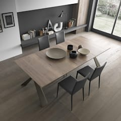 Dining room by Mobili a Colori ,