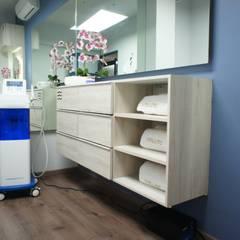Clinics by Mona Mx Diseño, Minimalist