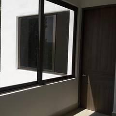Projekty,  Drzwi wewnętrzne zaprojektowane przez RL Arquitecto,