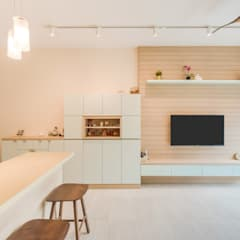 D'nest 2Bedroom:  Living room by DAP Atelier,Scandinavian Wood Wood effect