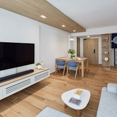 Telok Blangah - 4RM HDB BTO:  Living room by The Interior Lab,Scandinavian