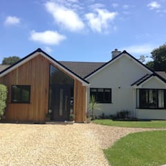 Fisher Construction - Supply of Cedar Cladding:  Wooden houses by Building With Frames, Modern Wood Wood effect