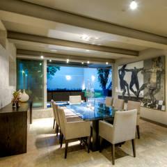 Ruang Makan oleh Con Contenedores S.A. de C.V.