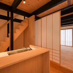 غرفة الميديا تنفيذ 岩井文彦建築研究所
