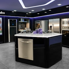 Showroom MABE GDL : Muebles de cocinas de estilo  por TALLER GRADO 13 ARQUITECTURA, Moderno Aluminio/Cinc