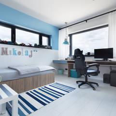 Projekt domu w okolicy Bydgoszczy: styl , w kategorii Pokój dla dziecka zaprojektowany przez EWEM Aranżacja wnętrz Edyta Wełnicka,