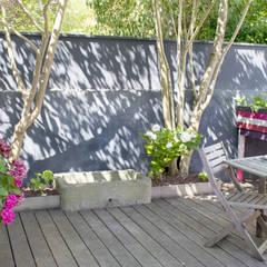 Un Jardin Terracotta  & Noir: Jardin de style  par E/P ESPACE DESIGN - Emilie Peyrille, Méditerranéen