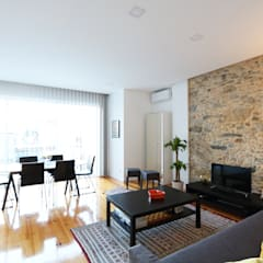 Apartamento T2 moderno na Ajuda -Lisboa: Salas de estar  por Lisbon Heritage,Moderno