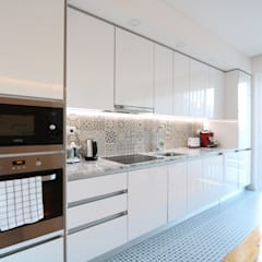 Built-in kitchens by Lisbon Heritage,