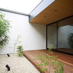 حديقة تنفيذ kisetsu, حداثي خشب Wood effect