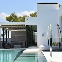 Projekty,  Basen bez krawędzi zaprojektowane przez Pep Torres Arquitecte,