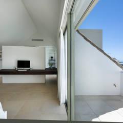 Quartos  por Alejandro Giménez Architects , Mediterrâneo
