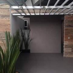 SISTEMA MAGPANEL EN CASA HABITACIÓN. : Casas ecológicas de estilo  por Ortiz Construcciones y Remodelacion Integral, Moderno Aluminio/Cinc