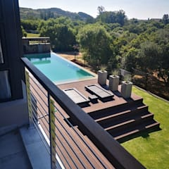 House Tredenham, Free State, South Africa:  Garden Pool by Sm!t Architects, Modern