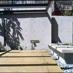 Varandas, marquises e terraços asiáticos por 鼎爵室內裝修設計工程有限公司 Asiático