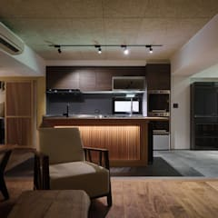 Kitchen units by 直方設計有限公司,