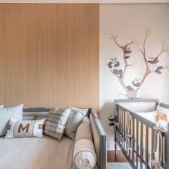 غرف الرضع تنفيذ Carolina Fagundes - Arquitetura e Interiores,