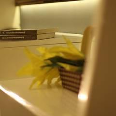 Beverly Honeycomb Tipe Studio Apartment Kamar Tidur Gaya Eklektik Oleh POWL Studio Eklektik