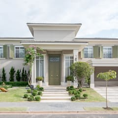 Single family home by Carolina Fagundes - Arquitetura e Interiores,