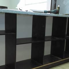 Remodelación casa campestre - Subia, Cundinamarca: Armarios de cocinas de estilo  por NetCom Construcciones, Moderno