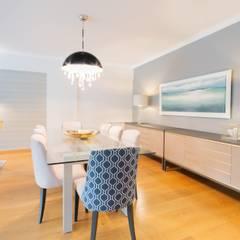 PORTFOLIO 2019:  Dining room by CLINT LEWIS DESIGNS, Modern