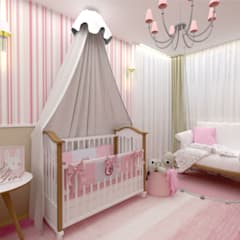 Dormitorios de bebé de estilo  por Designer de Interiores - Gabriela Soares, Clásico