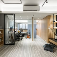 Hotels by 你你空間設計, Industrial Wood Wood effect