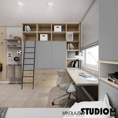 Dormitorios juveniles  de estilo  por MIKOŁAJSKAstudio ,