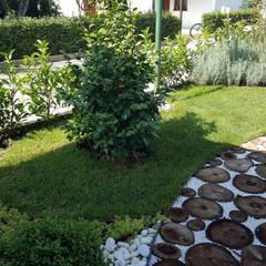 Vườn theo konseptDE Peyzaj Fidancılık Tic. Ltd. Şti., Mộc mạc