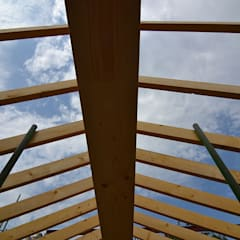 Gable roof by Storyboard Architects Ltd,