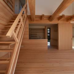 Kitchen by 水野設計室,