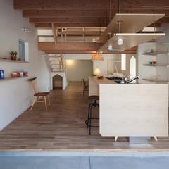 آشپزخانه توسطFUMIASO ARCHITECT & ASSOCIATES/ 阿曽芙実建築設計事務所, اکلکتیک (ادغامی)