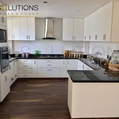 Fabricación e Instalación Cocina Chorrillos: Cocinas de estilo  por YR Solutions,