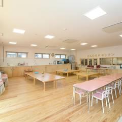 とうみょうこども園 Asian style nursery/kids room by 一級建築士事務所あとりえ Asian