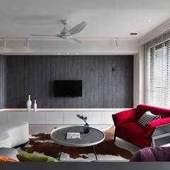 Ruang Keluarga oleh 肯星室內設計, Asia