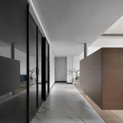 Koridor dan lorong oleh 肯星室內設計, Mediteran