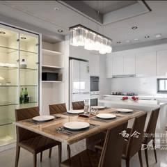 Phòng ăn phong cách hiện đại bởi 木博士團隊/動念室內設計制作 Hiện đại