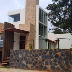 منزل ريفي تنفيذ EM  Arquitectura,