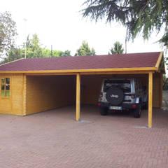 Prefabricated Garage by CASETTE ITALIA CASETTE DI LEGNO, Classic