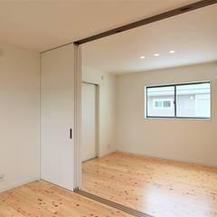 COURT: 松井設計が手掛けた子供部屋です。,モダン