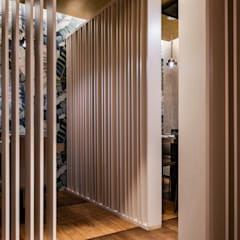 Asian style bars & clubs by GruppoTre Architetti Asian
