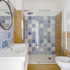 ห้องน้ำ โดย GruppoTre Architetti, เมดิเตอร์เรเนียน