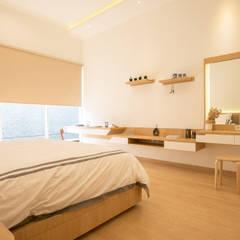 Interior Tomang House Oleh PT Membangun Harapan Sukses Modern Kayu Lapis